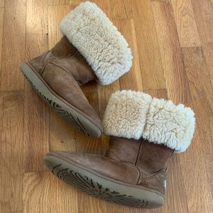 UGG Boots Tall Tan Vintage Size 6